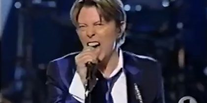David Bowie – Rebel Rebel & Cactus, Live – VH1/Vogue Fashion Awards, NYC, 2002